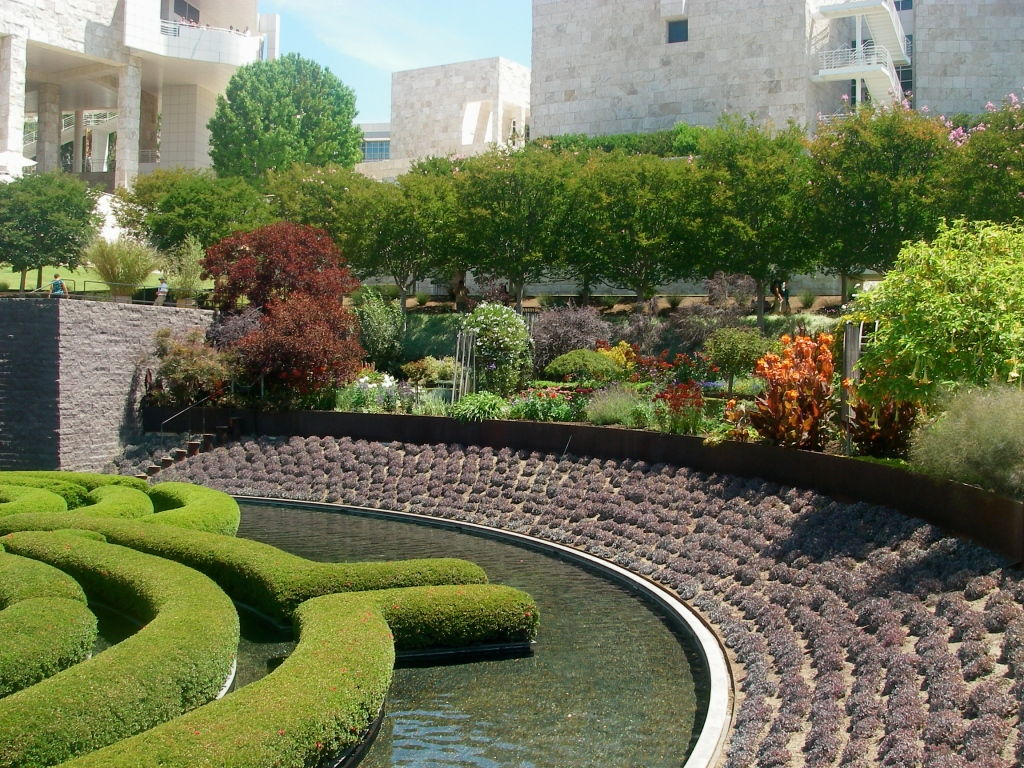 The Getty Garden, Los Angeles: a garden with maximum diversity (of species and visual effect) and maximum visibility